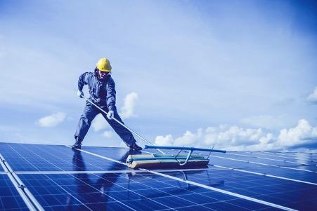 Comment réaliser un nettoyage de toiture efficace ?